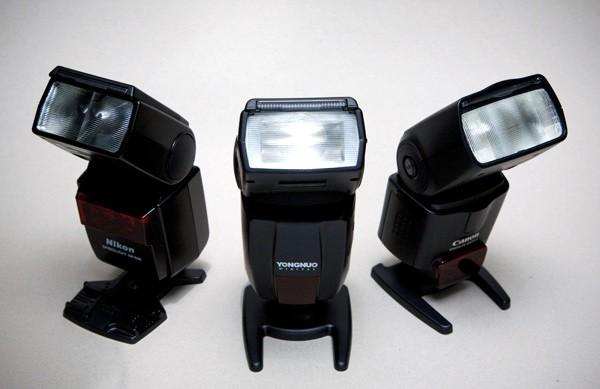 phụ kiện máy ảnh đèn flash