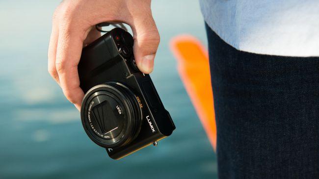 máy ảnh compact 2. Panasonic TZ100