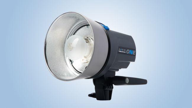 đèn flash studio