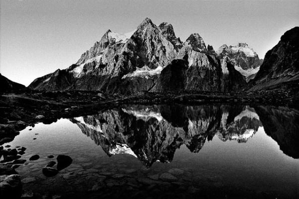 phong cảnh trắng đen