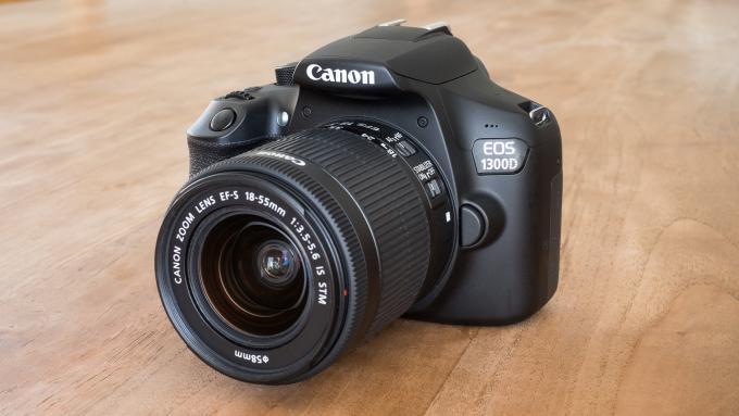 máy ảnh canon 1300d