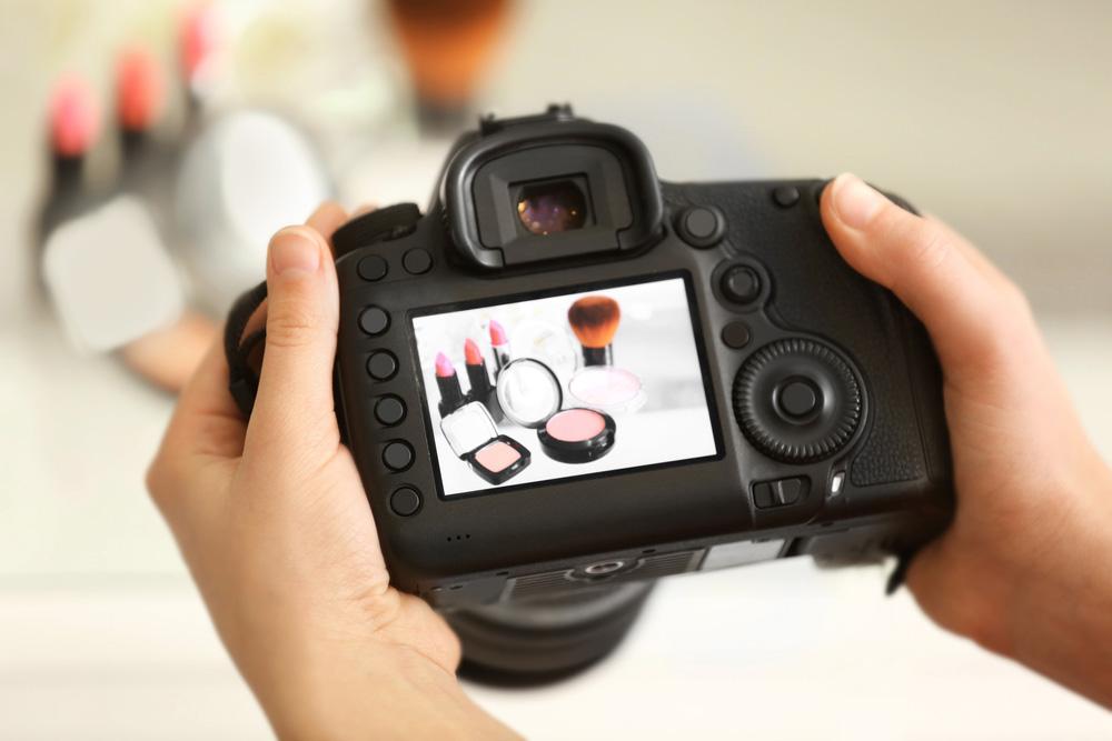 máy ảnh chụp sản phẩm