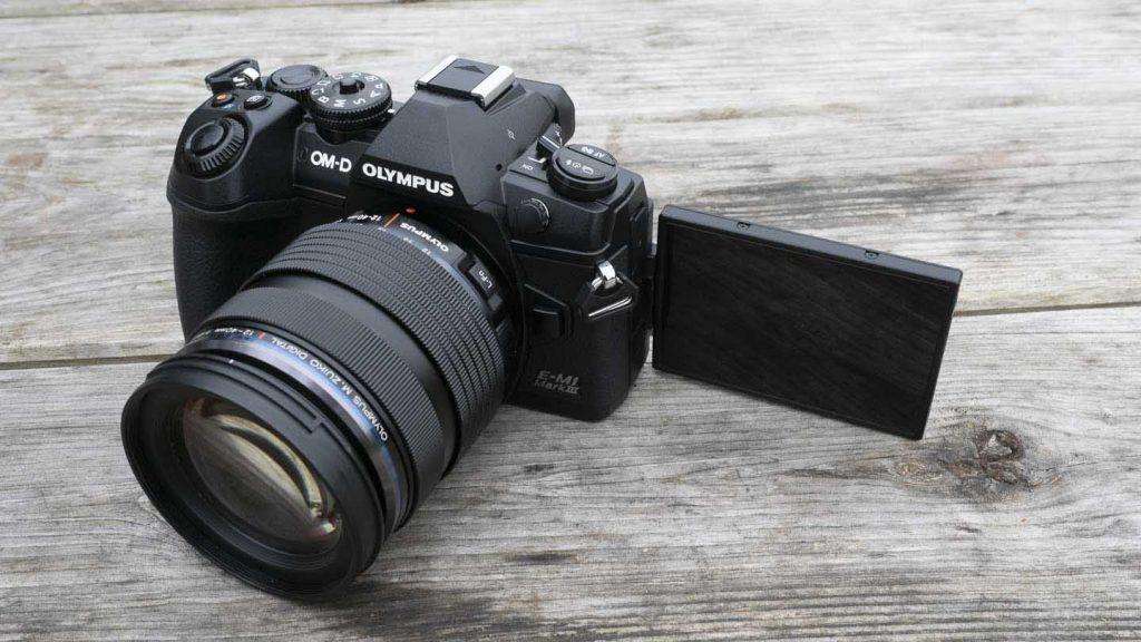 máy ảnh Olympus OM-D E-M1 Mark III