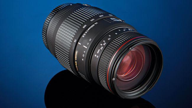 Sigma APO 70-300mm f/4-5.6 DG Macro