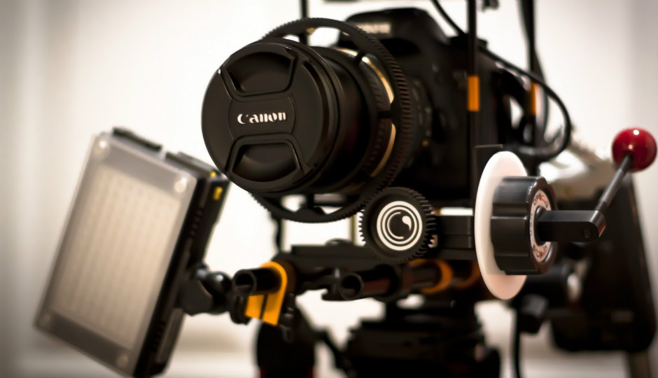 sử dụng máy ảnh DSLR quay video