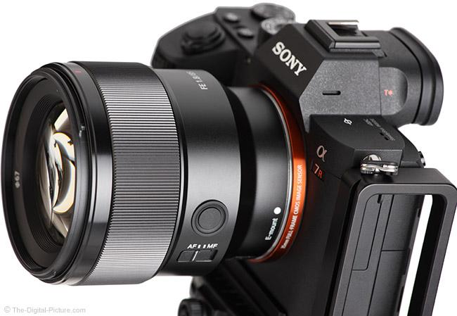 ống kính Sony FE 85mm f/1.8
