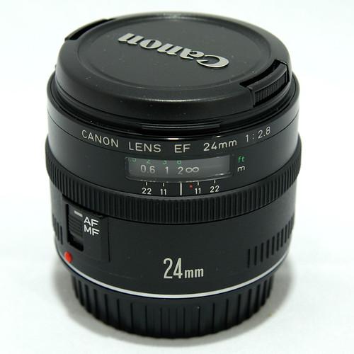 Lens Canon EF 24mm f/2.8