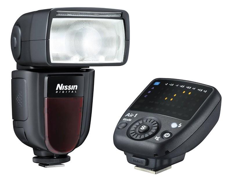 đèn flash máy ảnh Nissin Di700A