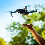 5 Flycam làm Vlog tốt nhất cho Vlogger du lịch