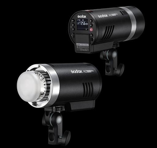đèn Godox AD300 Pro