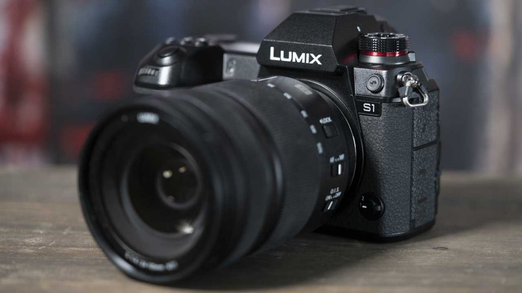 máy ảnh Panasonic Lumix S1